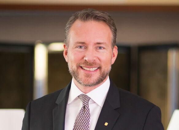 Meet the SCCIJ Members #1 – Matthias Y. Sutter, General Manager, Shangri-La Hotel Tokyo