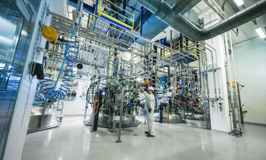 "Moderna Covid-19 vaccine will be ""Made in Switzerland"""